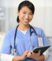 Best Online RN Schools And Training Programs | Is A Traveling Nurse Job Right For You?