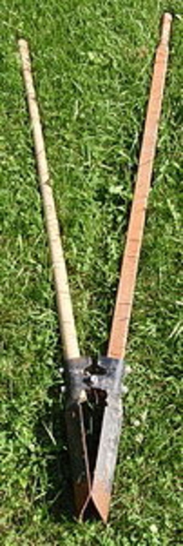 how to make a post hole digger