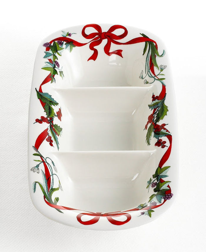Christmas Dinnerware Service For 12