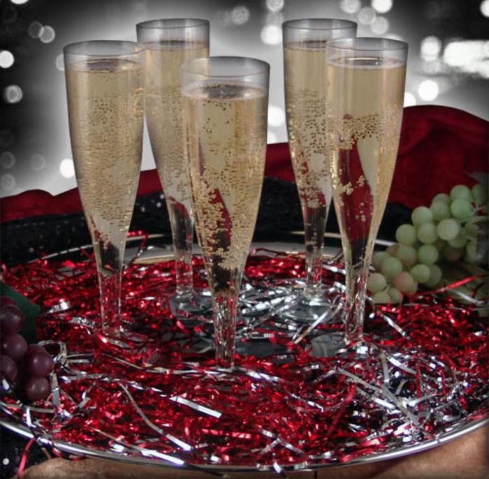 best bulk clear plastic champagne flutes disposable glasses a listly list. Black Bedroom Furniture Sets. Home Design Ideas
