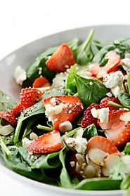 10 Delicious Salad Dressing Recipes | Strawberry vinaigrette
