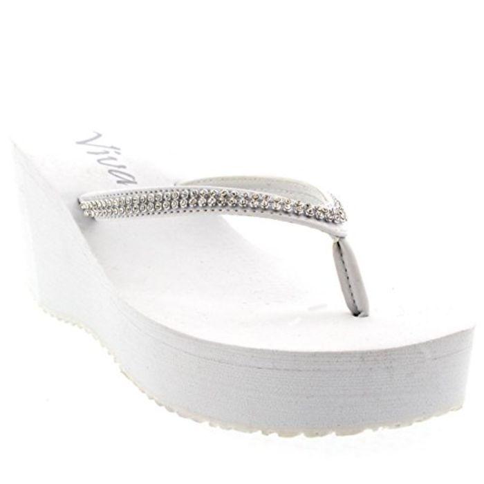 8088712b6fc2 Best White Wedge Flip Flops for Women