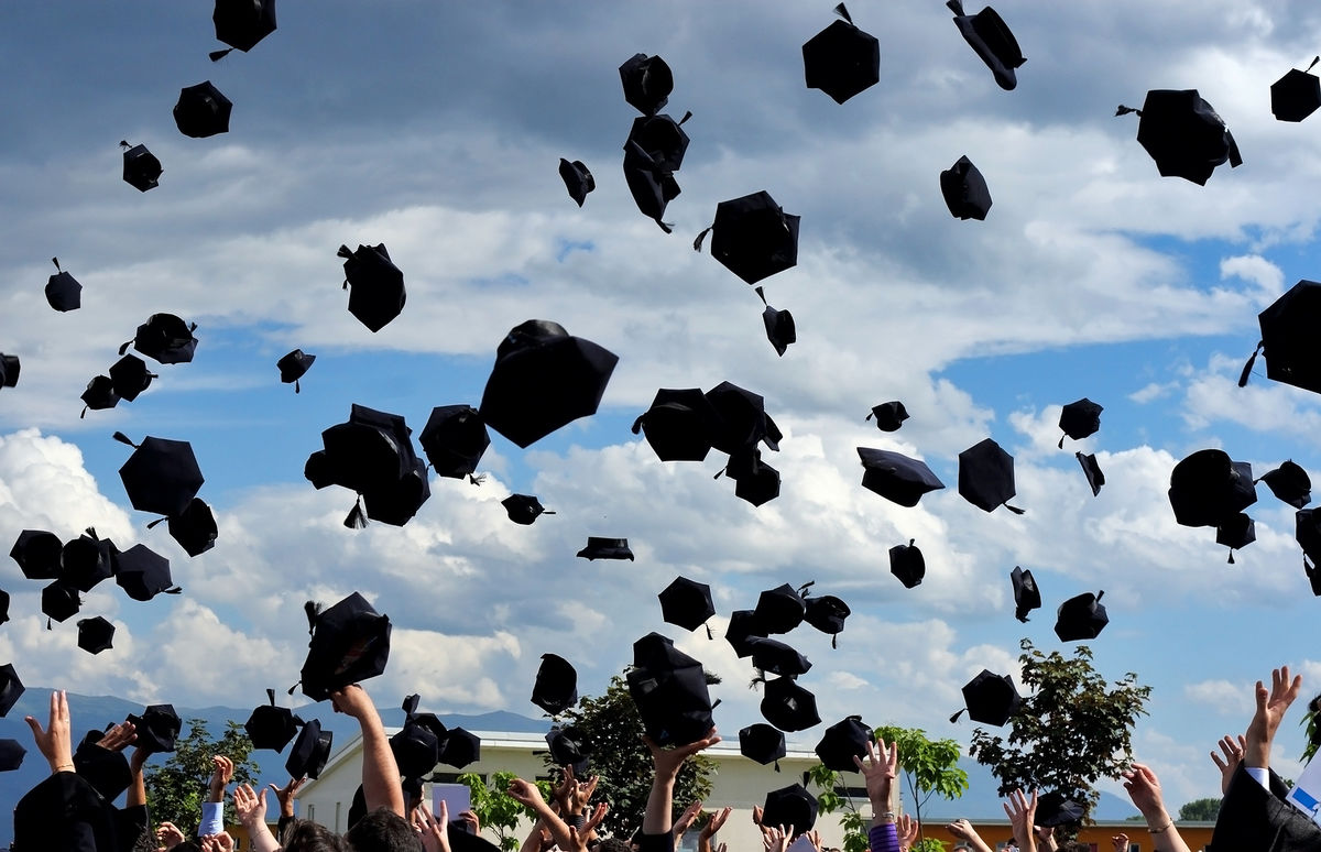 Headline for Top 10+ Inspiring Graduation Speeches