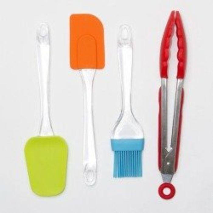 Kitchen utensils sets a listly list for Kitchen set list