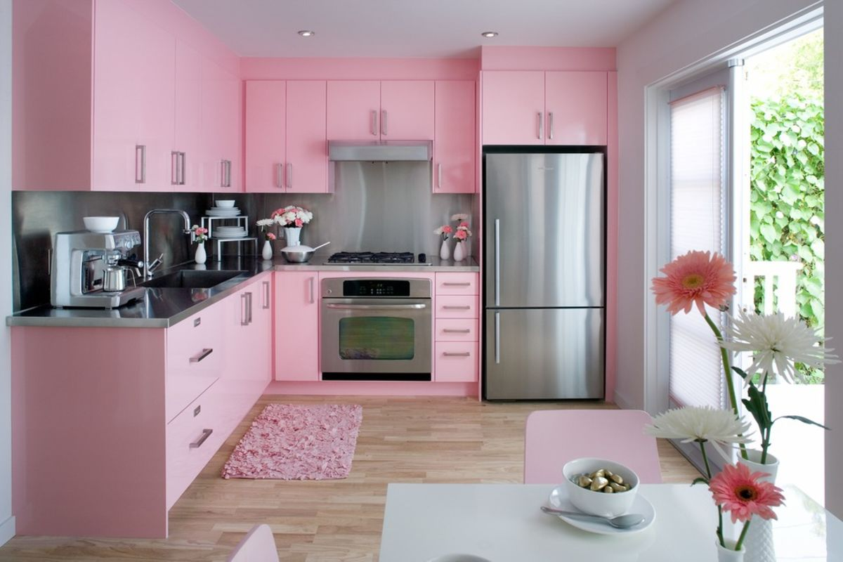 Pink kitchen utensil sets a listly list for Cocinas pintadas fotos