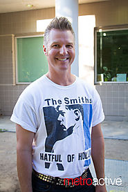 Smiths Shirts | Photo by Geoffrey Smith II / Morrissey concert (July 25, 2015 @ SJSU) - MetroActive