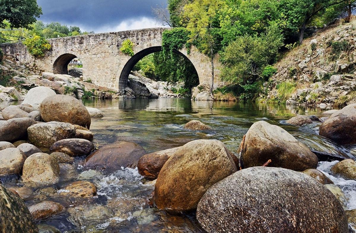 Las mejores piscinas naturales cerca de talavera cover for Hoteles cerca de piscinas naturales