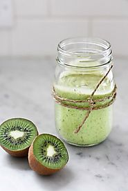 70+ Yummy Paleo Desert Recipes | Avocado Smoothie with Kiwi and Lime