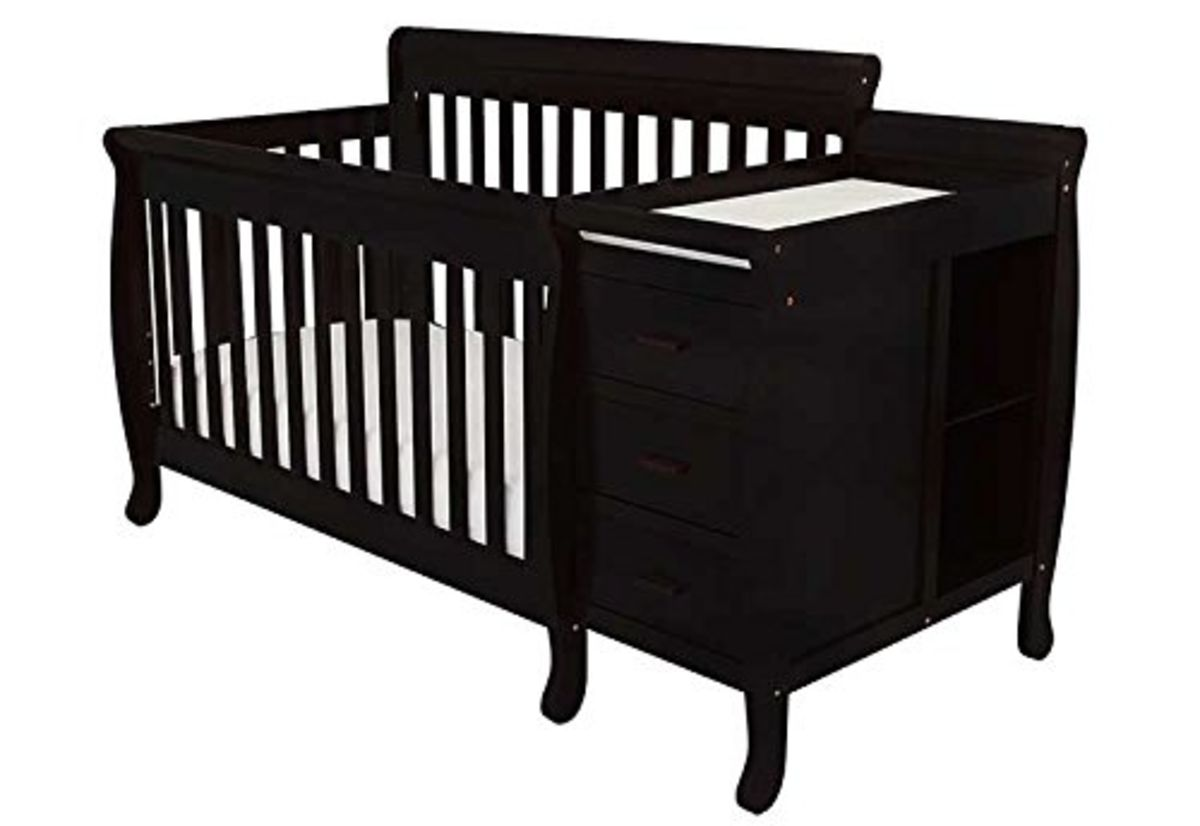 Best Small Cribs for Small Spaces - cover