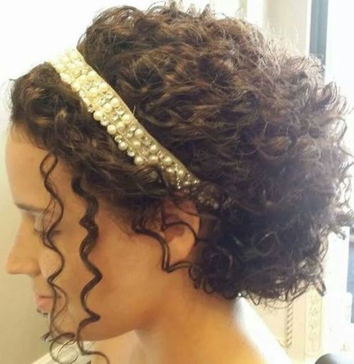 Wedding Hairstyle For Natural Curly Hair: 5 Of The Best Bridal Hairstyles For Short And Curly Hair