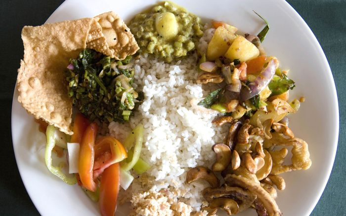 Traditional Sri Lankan Food You Would Love – Exotic Flavours to Treat Your Senses   Rice and Curry
