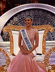 1990 to 2016 Miss World | Miss World 2013-Megan Young