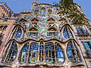 10 Awesome Architectural Gems in Barcelona | Casa Batlló