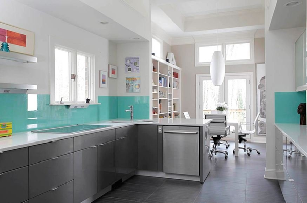 Tiffany blue kitchen decor ideas a listly list for Tiffany blue kitchen ideas