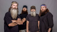 Top 5 reasons why A&E should not suspend 'Duck Dynasty' patriarch Phil Robertson