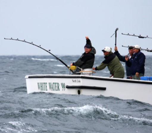 Extreme fishing adventures a listly list for Tuna fishing boats