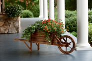 Dream Backyard Oasis #SearsPatio #SummerWithSears | Wood Wheelbarrow Planter- Garden Oasis-Outdoor Living-Outdoor Decor-Planters