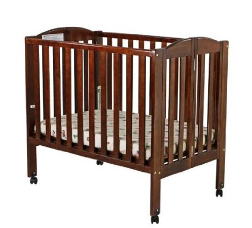 Best rated space saving baby mini cribs bassinets reviews for Best baby cribs for small spaces