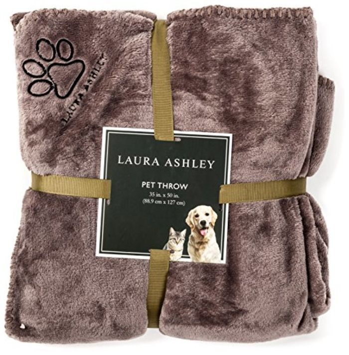20 Best Dog Blankets Reviews 2017 2018 A Listly List