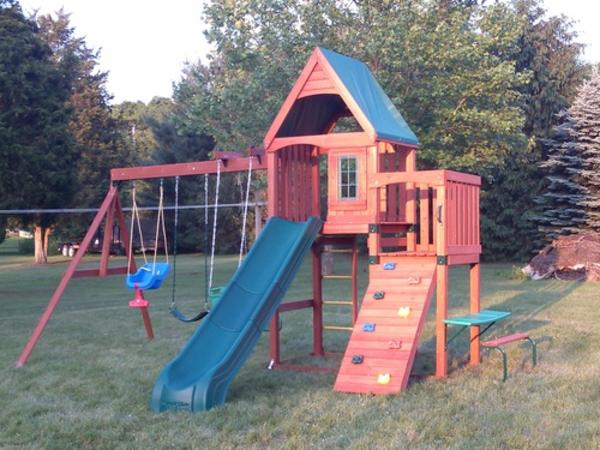 Best Wooden Swing Sets 2014 Top Outdoor Swing Set Kits A Listly List