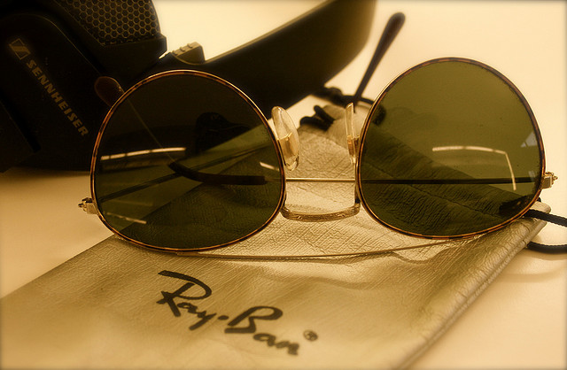 Headline for Ray-Ban Aviator Sunglasses
