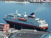 Hurtigruten - Wikipedia, the free encyclopedia