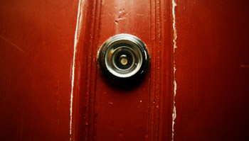 Best peephole door viewers reviews a listly list for Door eye hole