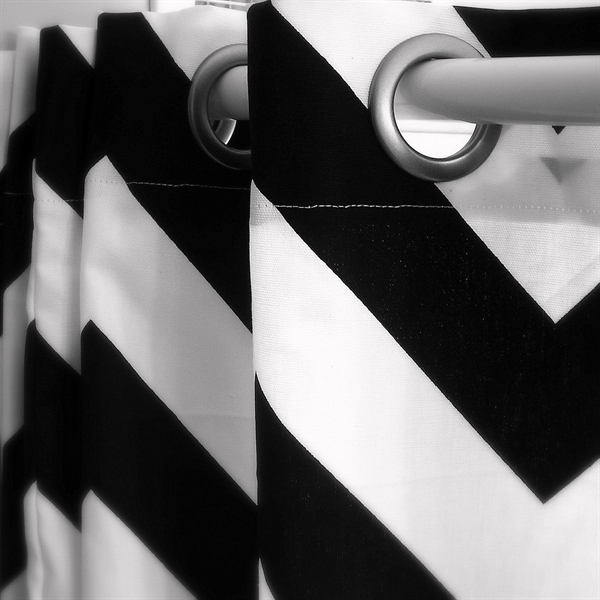 Emejing Black And White Chevron Shower Curtain Images - 3D house ...
