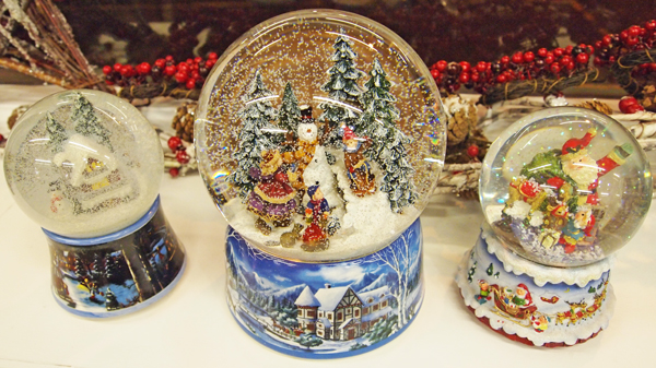 Headline for Best Musical Christmas Snow Globes Reviews