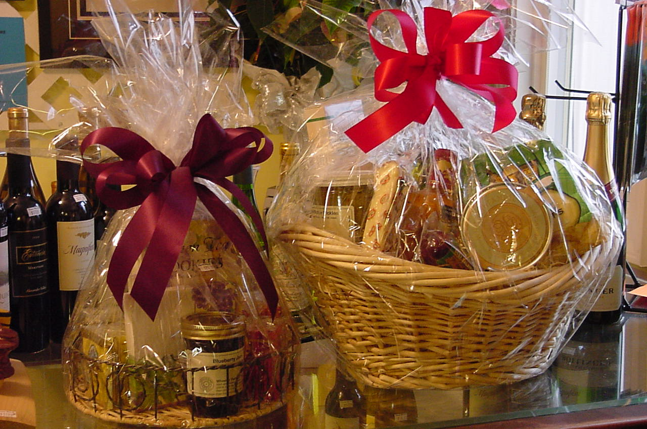 Headline for Best Birthday and Christmas Food Gift Baskets 2014 - Custom Made Gift Basket Ideas