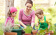 Gardening with children: How to keep kids busy in the garden