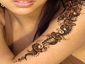 Beautiful Henna Tattoos Work in Las Vegas Salon