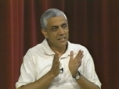 Bit by the Entrepreneurship Bug by Vinod Khosla | Stanford E-Corner / Entrepreneurship