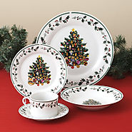 Best-Rated Christmas Holiday Dinnerware Sets On Sale - Reviews And Ratings
