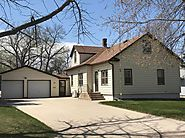 House | 912 W 2nd St, Webster, SD 57274