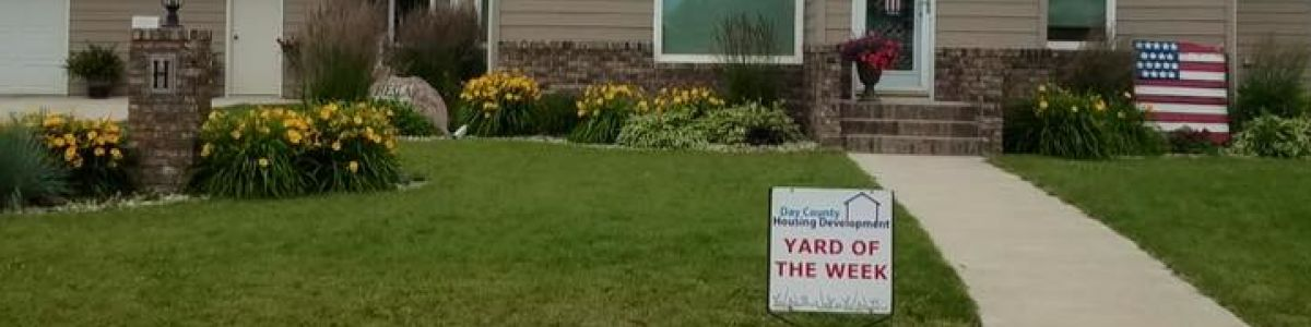 Headline for Yard of the Week Winners