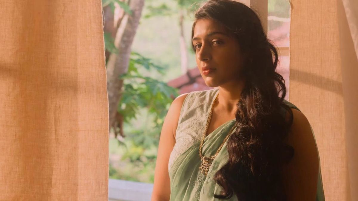 Top 10 Malayalam Movie Songs 2014 | A Listly List