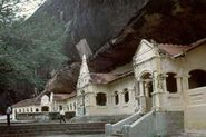 Tour Cave Temple in Dambulla