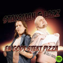 En godt stekt pizza by Staysman & Lazz