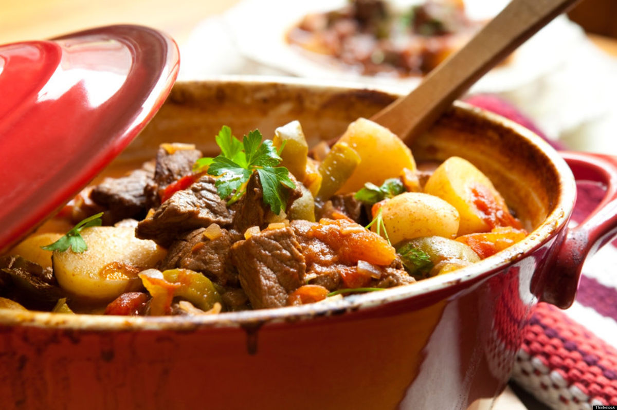 Headline for 15 Mouth-watering reasons to use slow cooker