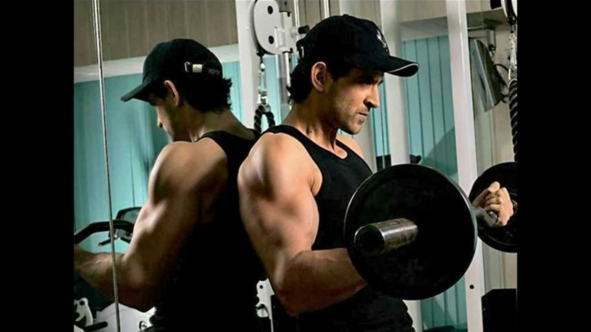 Headline for Bollywood Actors Workout Pictures