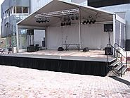 Finding a Reliable Provider of Outdoor Stages