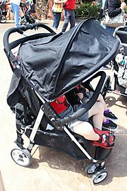 Which stroller is better, tandem or side by side?