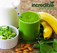 Pineapple-Broccoli Green Smoothie Recipe
