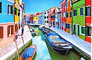 Murano, the most colorful island in the Venetian lagoon
