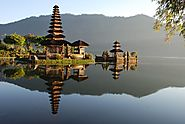 PuraUlun Danu Bratan (Bali's temple by the lake)