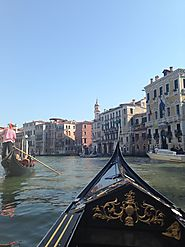 Venice has over 116 islands in its region.