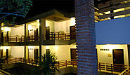 Kanatal Resort and Spa