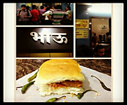 Vada Pav at Bhau (Bhandup)