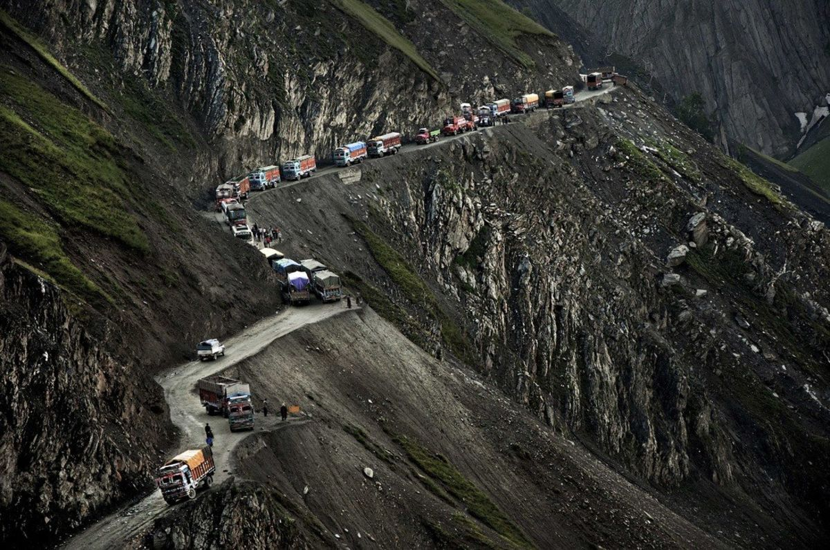 Headline for 10 Most Breathtaking Highways Of The World
